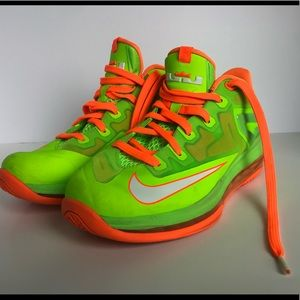 Nike Air Lebron James. - Size is 6Y